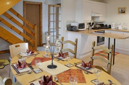 Last Minute Cottages - Adorable Sandyhills Cottage S44378