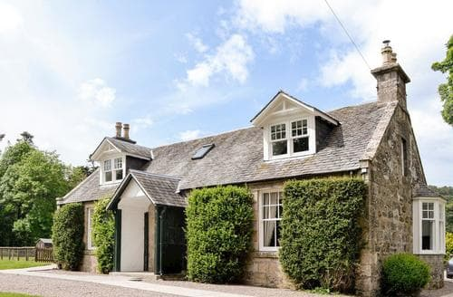 Last Minute Cottages - Luxury Ballater Cottage S84322