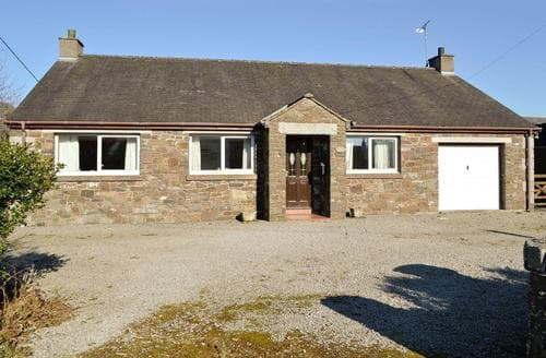 Last Minute Cottages - Attractive Castle Douglas Cottage S44472