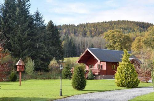 Last Minute Cottages - Hatton Lodge