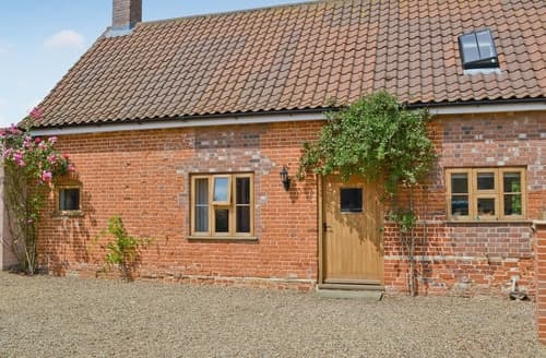 Last Minute Cottages - Splendid Great Yarmouth Cottage S17249