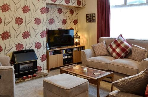 Last Minute Cottages - Thain House