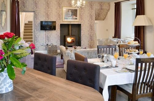 Last Minute Cottages - Excellent Peebles Cottage S43953