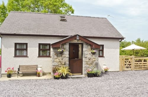 Last Minute Cottages - Hen Weithdy