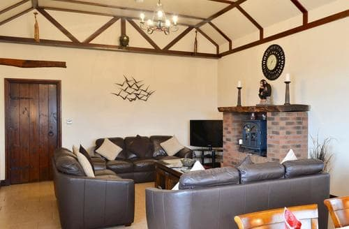 Big Cottages - Wonderful Sandyhills Cottage S88681
