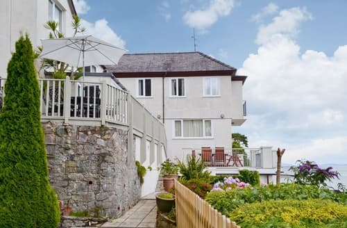 Big Cottages - Gorgeous Menai Bridge Cottage S38053