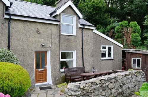 Last Minute Cottages - Excellent Harlech Cottage S44885