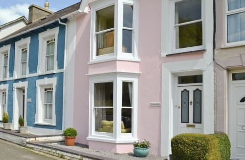 Last Minute Cottages - Delightful New Quay Lodge S34819