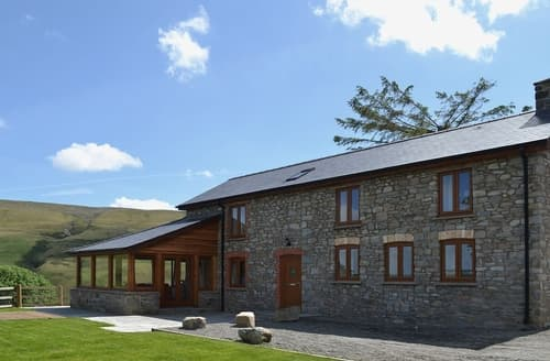 Last Minute Cottages - Gorsddu