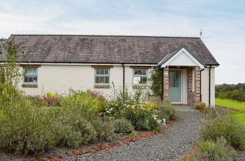 Last Minute Cottages - Blaenffynnon Barn