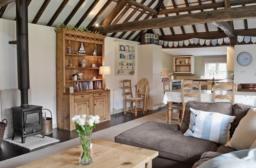 Last Minute Cottages - The Haybarn