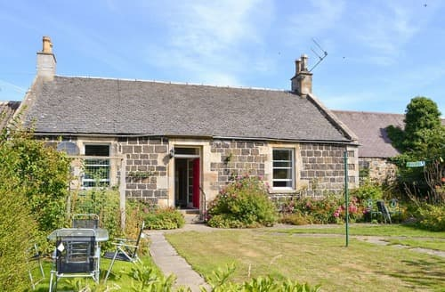 Last Minute Cottages - Charming Edinburgh Cottage S113586