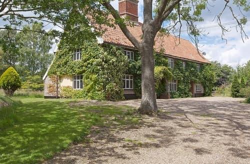 Last Minute Cottages - Old Hall Farm House