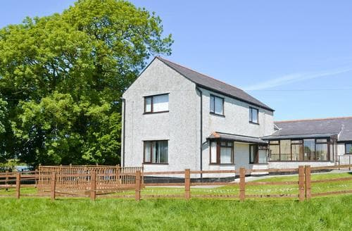 Big Cottages - Superb Menai Bridge Cottage S50339