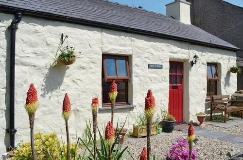 Last Minute Cottages - Tasteful Caernarfon Cottage S57459