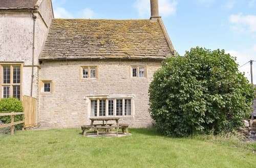 Last Minute Cottages - CHURCHILL COTTAGE