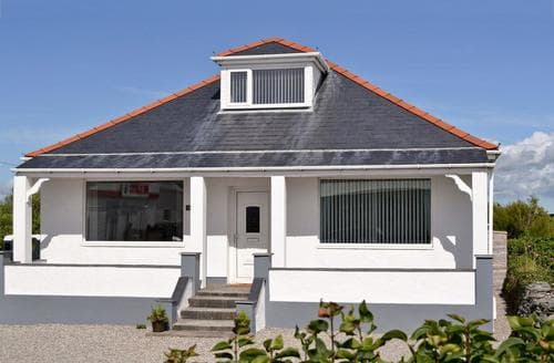 Last Minute Cottages - Exquisite Holyhead And Trearddur Bay Cottage S60615