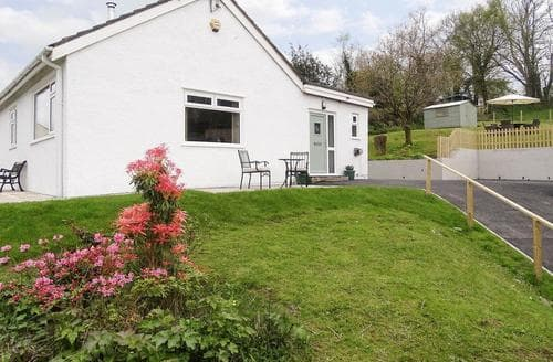 Big Cottages - Charming Swansea Cottage S72901