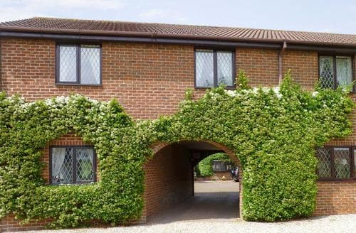 Last Minute Cottages - Archways-E1223