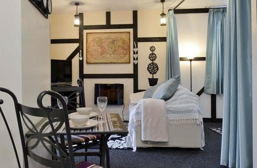 Last Minute Cottages - The Snug