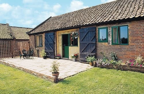 Dog Friendly Cottages - Delightful Southwold Cottage S17987