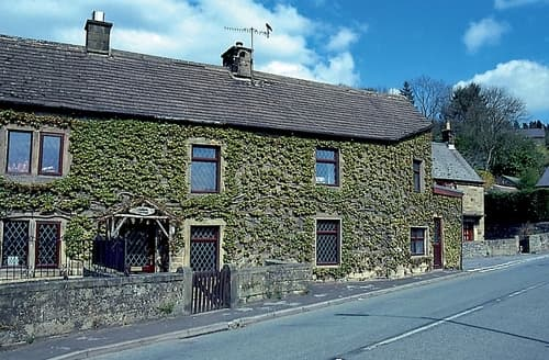 Last Minute Cottages - Tasteful Matlock Cottage S16611