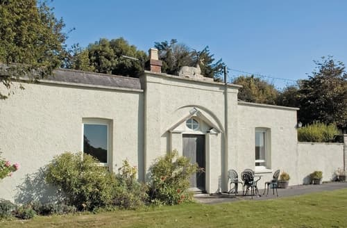 Last Minute Cottages - Beautiful Arundel Cottage S13771