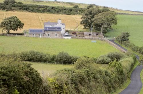 Last Minute Cottages - Beudy Tyddyn