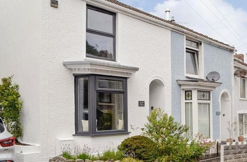 Last Minute Cottages - Lovely Swansea Cottage S83808