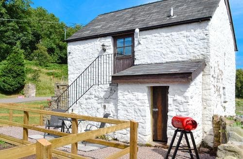 Last Minute Cottages - Excellent Abergavenny Cottage S84171