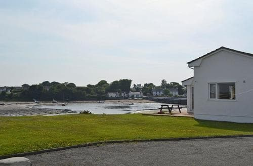 Last Minute Cottages - Captivating Holyhead And Trearddur Bay Cottage S83418