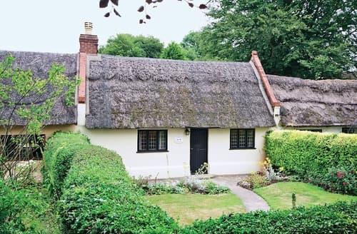 Big Cottages - Violet Cottage