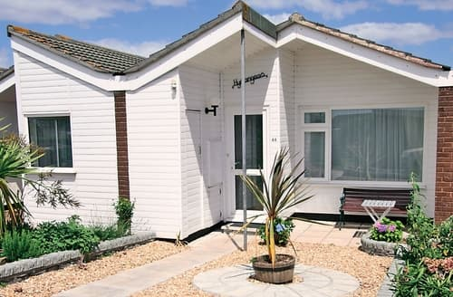 Last Minute Cottages - Inviting Salcombe Cottage S24471