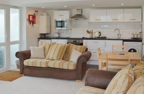 Last Minute Cottages - Lovely Brixham Cottage S19251
