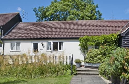 Last Minute Cottages - The May Tree