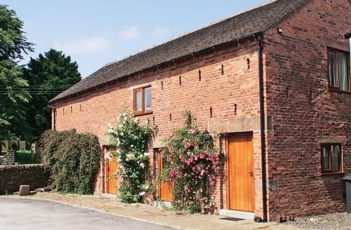 Last Minute Cottages - Tythe Barn
