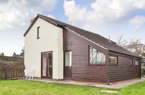 Last Minute Cottages - Quaint Coleford Cottage S80138