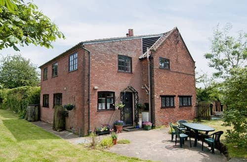Last Minute Cottages - Gorgeous Aldeburgh Cottage S17807