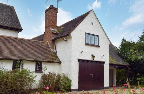 Last Minute Cottages - Branscombe Cottage