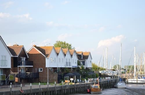 Last Minute Cottages - Stunning Rye Apartment S13970