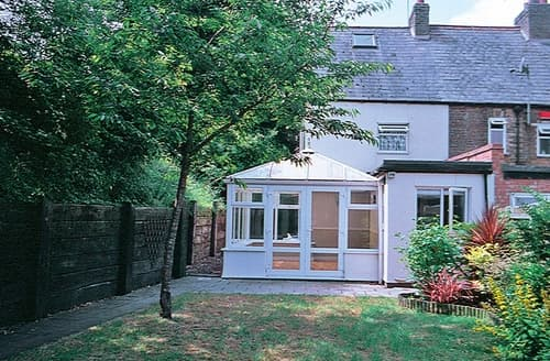 Dog Friendly Cottages - Excellent Canterbury Cottage S13561