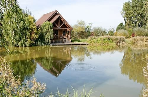Last Minute Cottages - Willow Lodge - E4327
