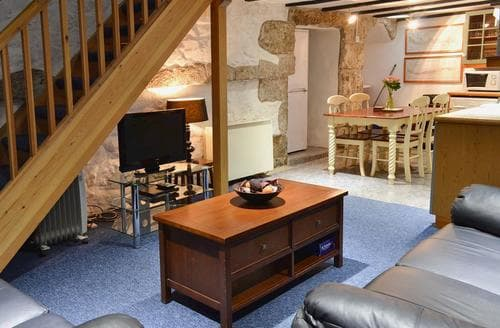 Last Minute Cottages - Cosy Mousehole And Newlyn Cottage S21248