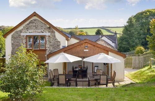 Last Minute Cottages - Tasteful Torrington Cottage S72650