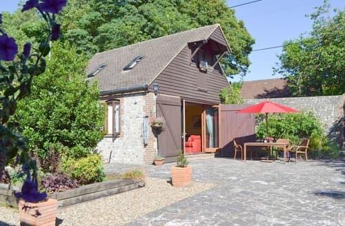 Last Minute Cottages - Stunning Eastbourne Cottage S13927