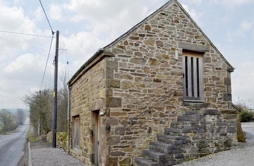 Dog Friendly Cottages - Tasteful Leek Cottage S15990