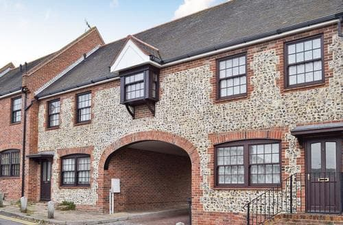 Big Cottages - Delightful Broadstairs Cottage S73844