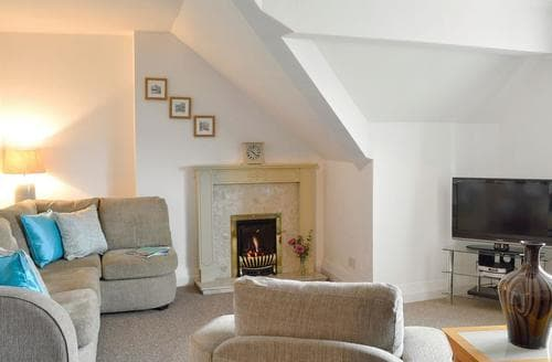 Last Minute Cottages - The Rafters