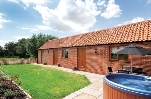 Last Minute Cottages - Roosters - E4864