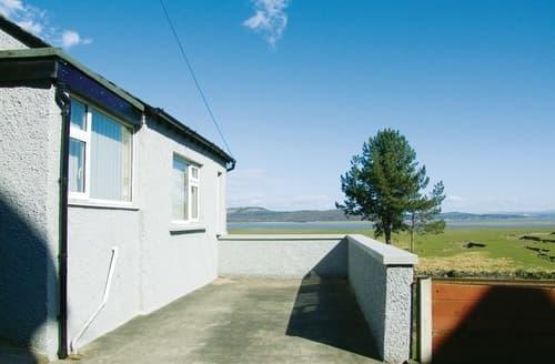 Last Minute Cottages - Dolphin Cottage - E5066